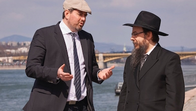 Csanád Szegedi and Rabbi Boruch Oberlander in \\\\\\\